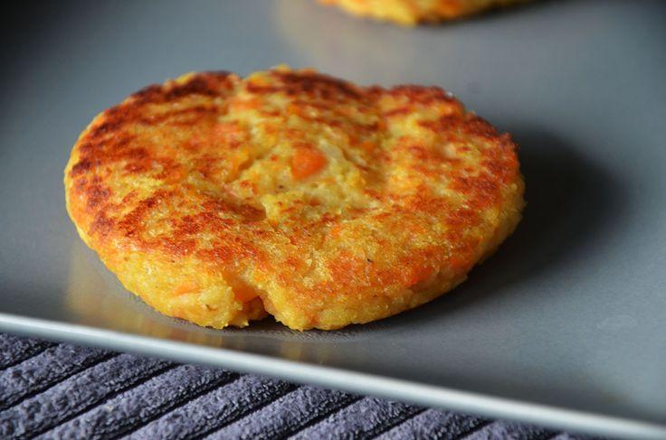 Steaks végétariens aux lentilles corail, carottes et curcuma – Liv and Cook