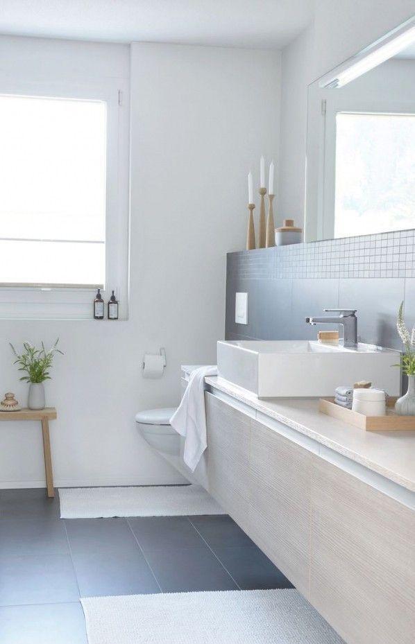 Graue Fliesen In 2019 Badezimmer Badezimmer Fliesen Und Graue