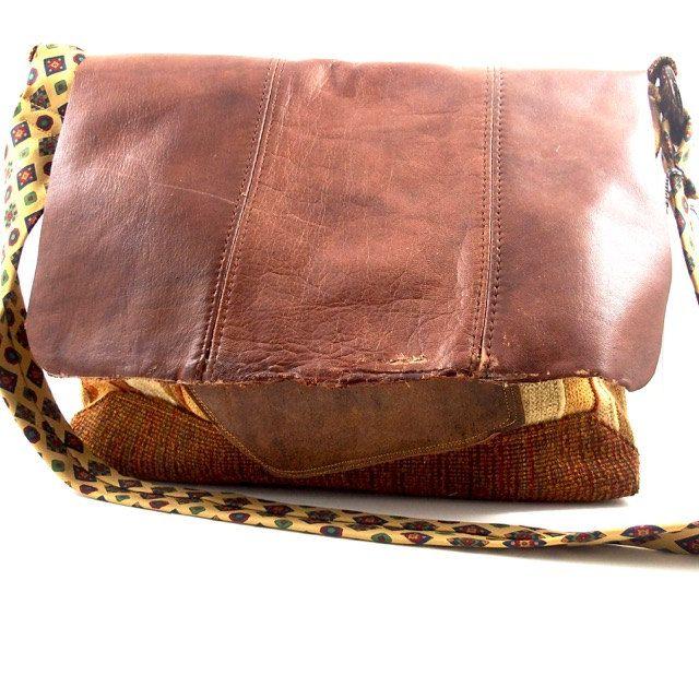Shoulderbag Kelly, boho, urban, crossbody, vintage, recycling door Liekebieke op…