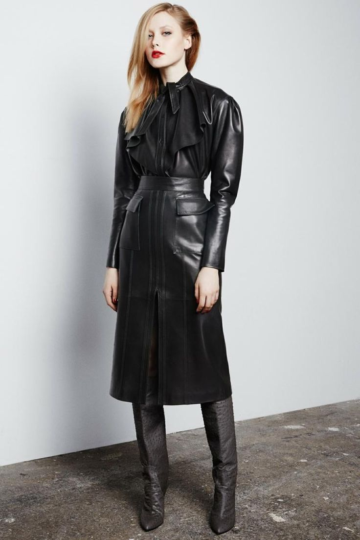 Elegantes schwarzes Leder für die Herbstsaison – Winter