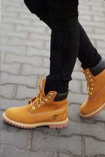 Yo quiero zapatos eso es Timberland - ciento y setenta dóllares!