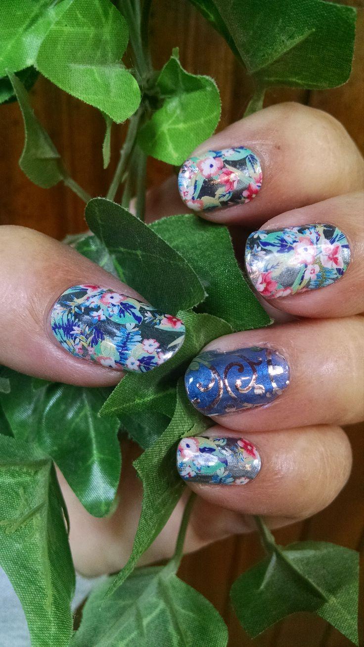 Hermosa Azul Marino Y Oro Uñas Festooning - Ideas Para Pintar Uñas ...