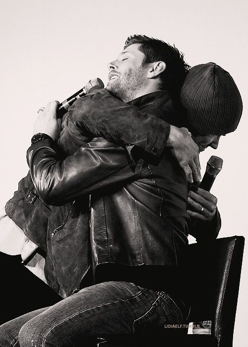Seriously...they hug a lot. | Jensen Ackles And Jared Padalecki's Epic Bromance