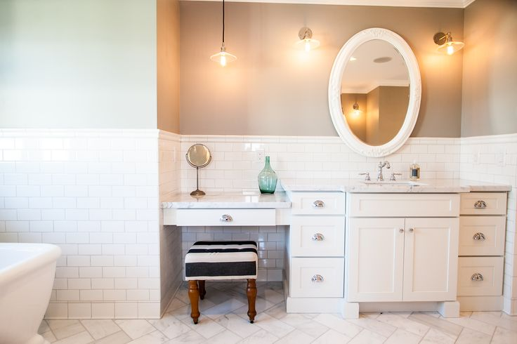 White Shaker Style Bath Vanity With Make Up Counter By Rafterhouse Rafterhouse Interiors