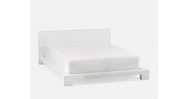 The allure of the high-style Madison bed frame is its ability to adapt to its environment. With couldn't-be-simpler horizontal lines and a smooth lacquered finish, the fuss-free frame features a slat support system, so only a mattress is required. Madison's restraint means you can go dramatic or dreamy with the rest of the room — the final effect is up to you.
