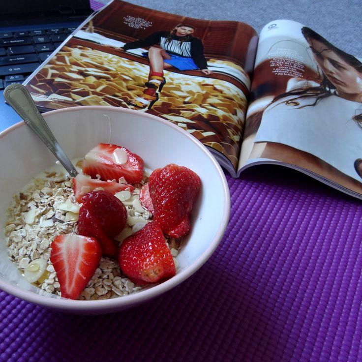 Active + breakfast + magazine + music = perfect morning :)