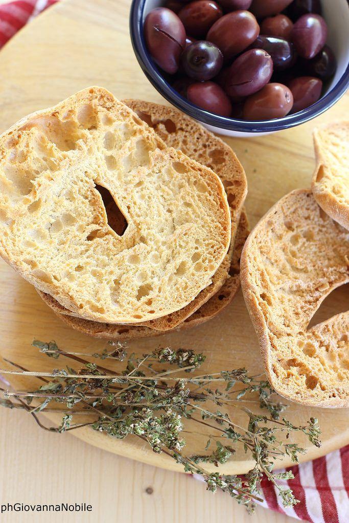 Friselle, origano e olive  Cosa ci farò? www.lacuocaeclettica.it/