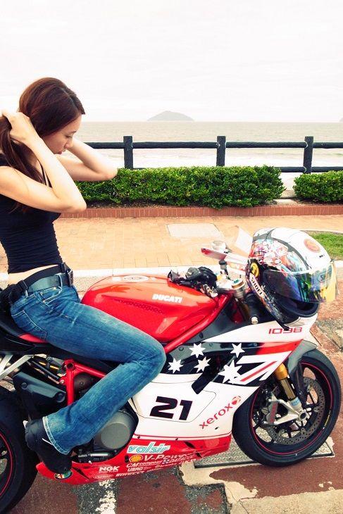Ducati 1098s *☆ | ☆*。 のんびり h i b i k i ふぉとブック 。*☆。Troy Baliss