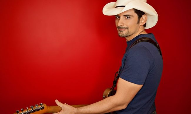 Discount concert tickets to see Brad Paisley in San Diego are here while they last!