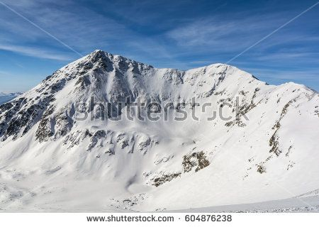 Peaks (Raczkowa Czuba (Jakubina), Jarzabczy Wierch (Hruby vrch)) of the winter scenery.