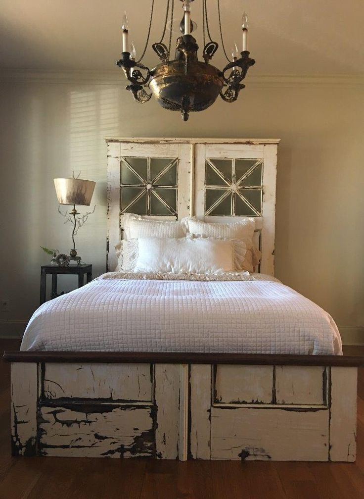 Gorgeous queen size bed from unique vintage doors 2295 for Different headboards for beds