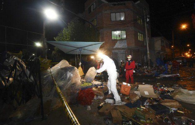 Bolivia | Tragedia en Carnaval de Oruro: Explotó una garrafa y deja al menos 6 muertos y 20 heridos  Foto: WEB  Ocurrió en la ciudad de Oruro cerca de donde se celebraba el carnaval. El accidente ocurrió en un puesto de comida ambulante que derramó aceite sobre la manguera de una garrafa y provocó una fuga.  Una explosión al parecer de gas mató al menos a seis personas entre ellas cuatro niños e hirió a 28 en la ciudad boliviana de Oruro cerca de donde se celebraba un multitudinario carnaval…