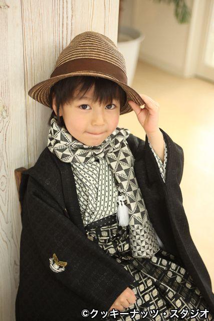 kimono little boy #japan #kimono This young gentleman is adorable :D