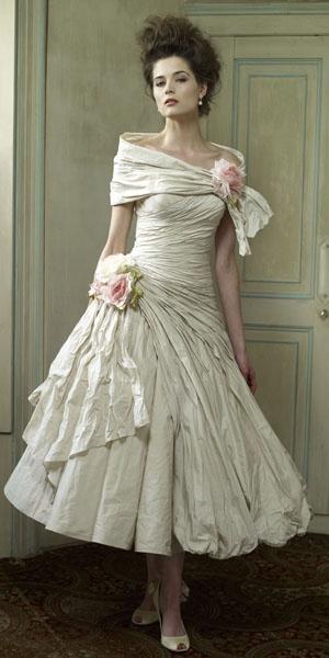 Ian Stuart | Bridal gown | Designer Dress | Wedding Dress | Bridal Shop | La Novia