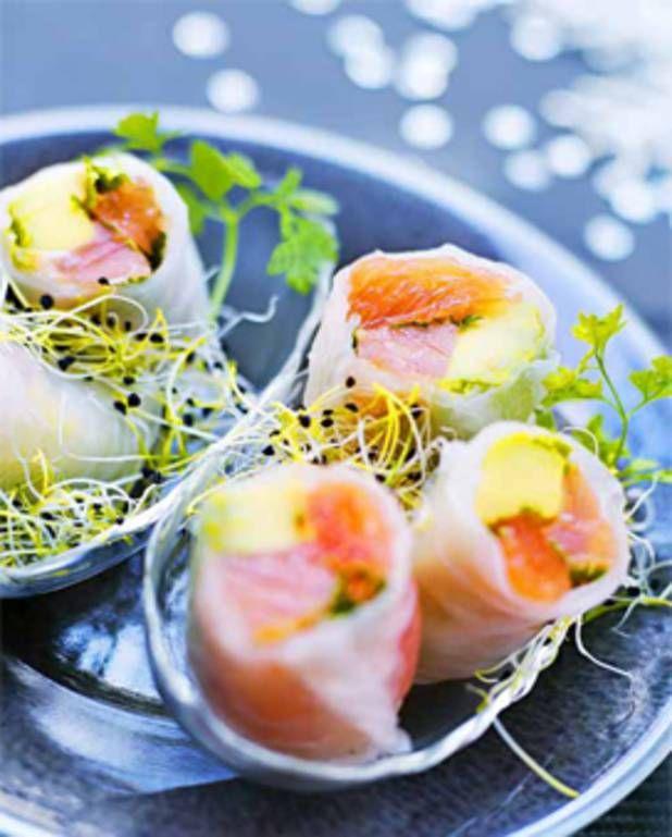 Rouleaux de saumon, avocat et pamplemousse pour 4 personnes - Recettes Elle à Table