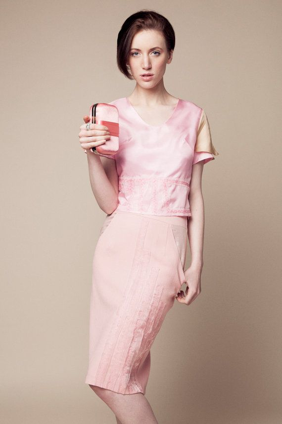 Pink vnecked and short sleeves Ophelia top by TheGardenOfUnicorn, €95.00