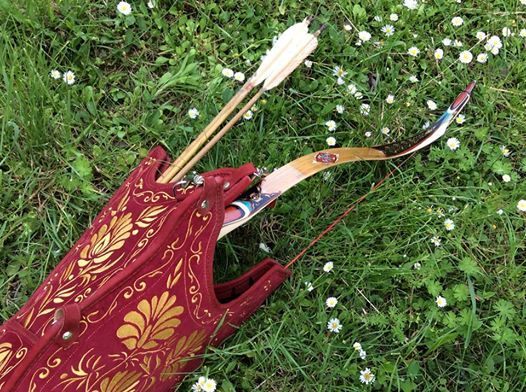 Bow quiver + painted L7 Turkish bow