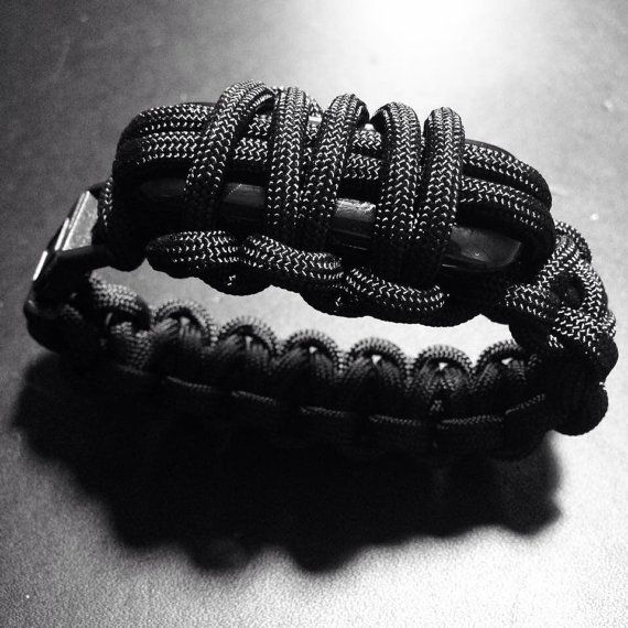 Fitbit One Paracord Bracelet by dealRunway on Etsy
