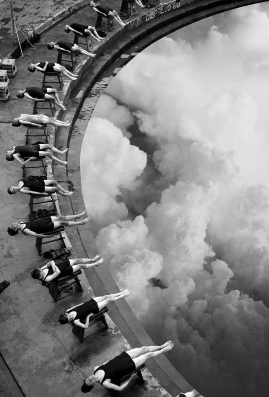 Merve Ozaslan vit à Istanbul et crée ces collages qui assemblent des photos de paysages en couleurs dans des photos noir et blanc et créent des effets de perspectives et des illusions d'optiques.