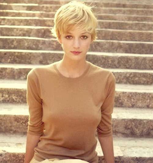 Feminine Blonde Pixie Cuts Idea