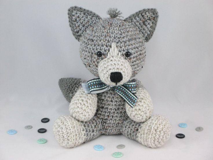 Amigurumi Patterns Wolf : Crochet stuffed wolf amigurumi