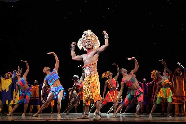 Jelani Remy and the ensemble in The Lion King national Tour © Disney Photo: Joan Marcus