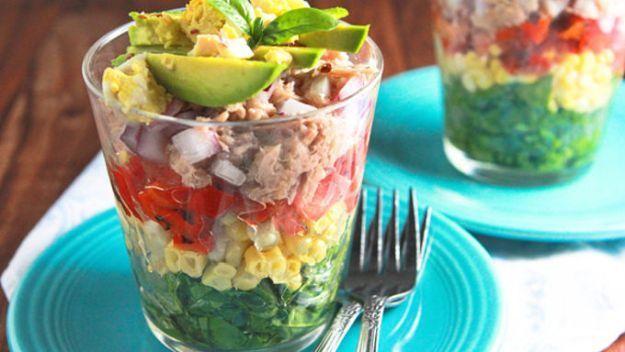 Rainbow σαλάτα σε ένα ποτήρι |  Best ιδέες και Χειροτεχνία DIY πικνίκ τροφίμων