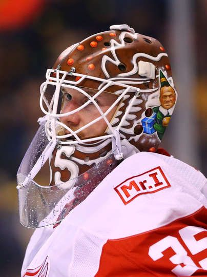 BOSTON, MA - DECEMBER 23: Jimmy Howard #35 of the Detroit Red Wings looks on during the first period against the Boston Bruins at TD Garden on December 23, 2017 in Boston, Massachusetts. (Photo by Maddie Meyer/Getty Images)