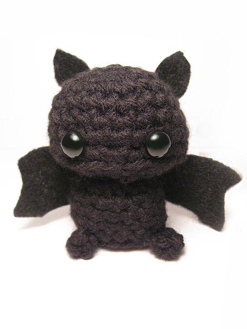 Amigurumi Halloween Free : Bats amigurumi and patterns on pinterest