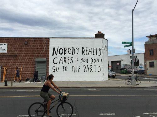 momandpopmusic: Spotted in Greenpoint. #CourtneyBarnett