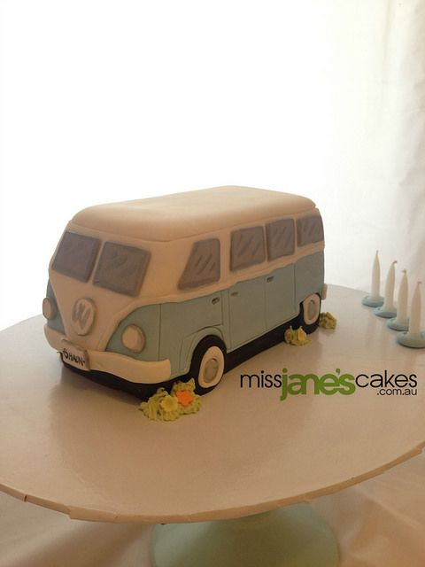 VW Kombi Cake | Flickr - Photo Sharing!   www.missjanescakes.com.au