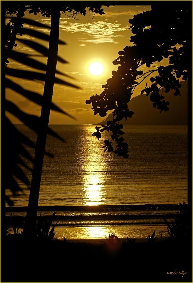 Description:Sunrise over Dunk Island in far north Queensland, Australia.
