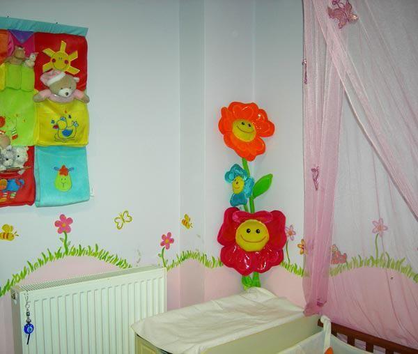 Παιδικί δωμάτιο όλο χρώμα