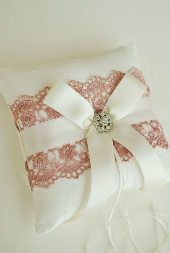 2563 besten Wedding rings pillow Bilder auf Pinterest   Kissen ...