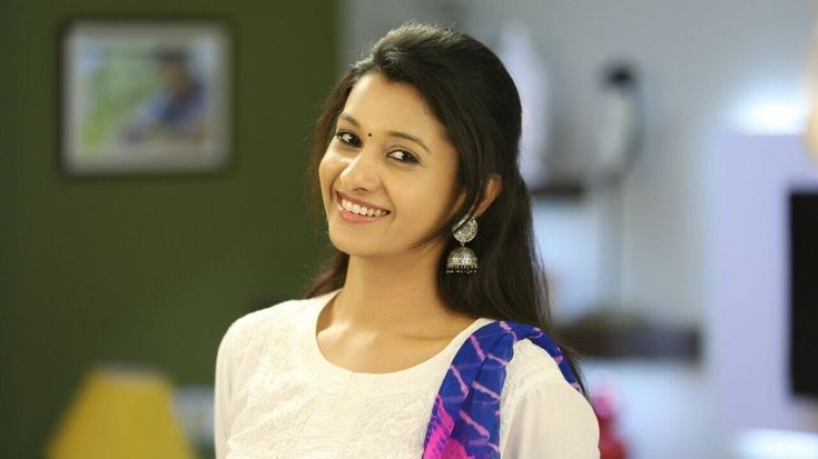 bollywoodmirchitadka: Actress Priya Bhavani Shankar Photo Gallery