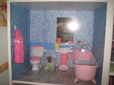 Small Bathroom Sink And Toilet