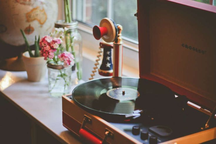 The right music for your therapy office waiting room | San Francisco Therapy News | TherapyDen