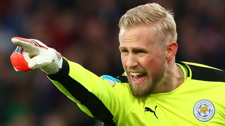 Kasper Schmeichel to follow in father's footsteps and be Man United's No. 1