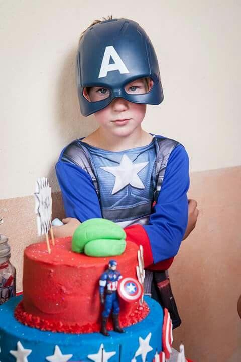 Avengers cake,Captain America costume