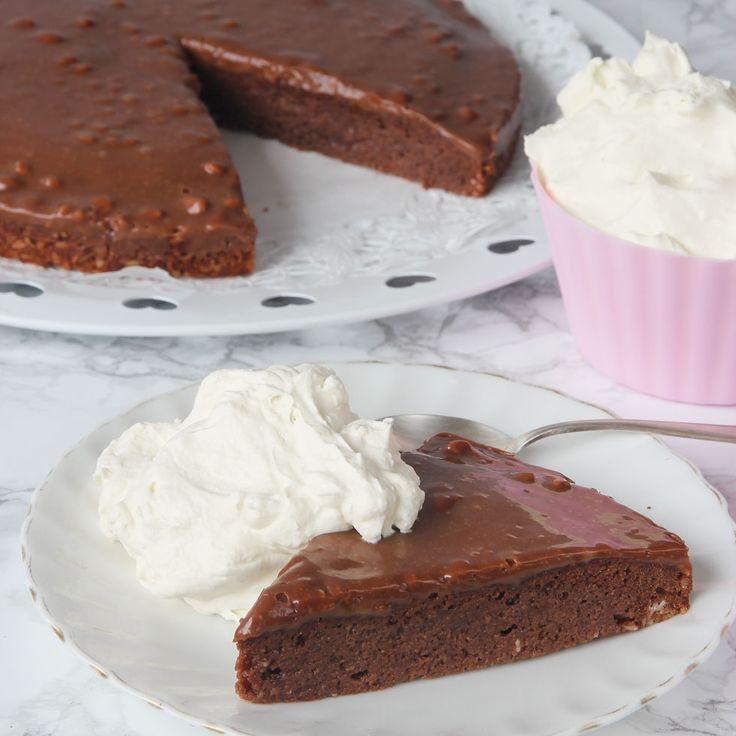 Den knapriga Daimen i chokladen är ljuvligt god! Servera gärna med vispgrädde eller glass!
