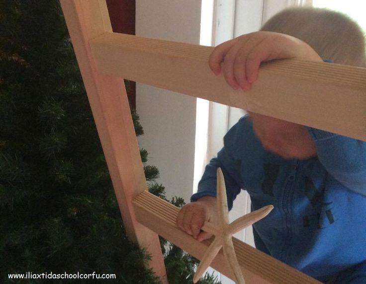 Και έτσι, βοήθεια χρειάστηκε ο μικρός Αστερίας για να ξανανέβει ψηλά!