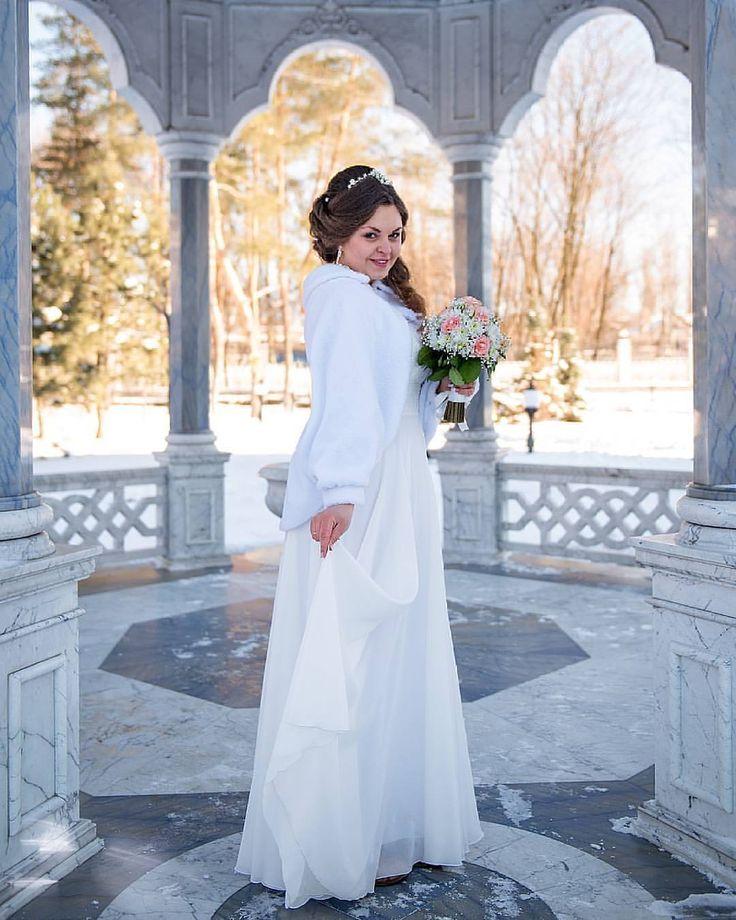 Очаровательная невеста Оксана🌸 Прическа - Murr Liqueur Фото - Наталья Кузина (at Horlivka, Donets'Ka Oblast', Ukraine)