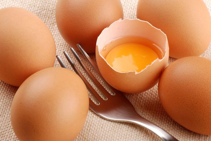 Crudo o cotto da secoli l'uovo (di gallina) è uno dei protagonisti indiscussi dell'alimentazione e della cucina #uovo #uova #eggs #nutrizione