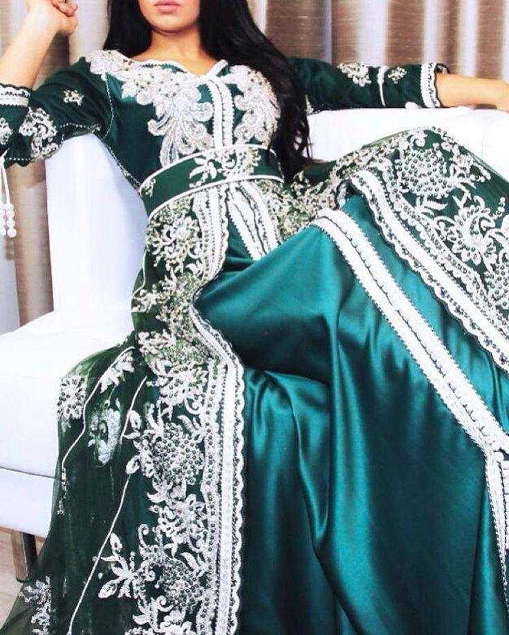 « Sell caftan en ligne whatsapp 212663293299 #love #caftan #kaftan #takshita #takchita #maroc #bled #morocco #maghreb #maghrib #travel #wedding #dress… »