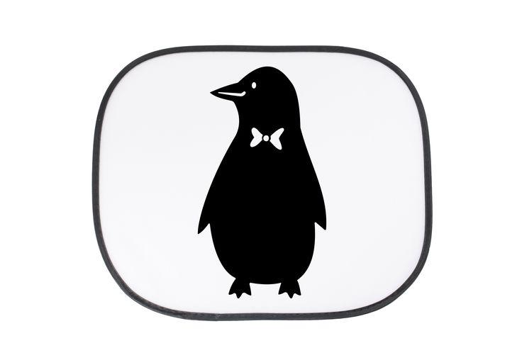 Auto Sonnenschutz Pinguin aus Kunstfaser  Natur - Das Original von Mr. & Mrs. Panda.  Der einzigartige Sonnenschutz von Mr. & Mrs. Panda ist wirklich etwas ganz Besonderes.    Über unser Motiv Pinguin  Pinguine, die süßen Tiere im schicken Wrack, gehören zu den Seevögeln, obwohl sie nicht fliegen können. Kaiserpinguine ist mit 30 000 Federn der Vogel mit den meisten Federn weltweit. Sie leben weit verbreitet: man findet sie in Australien, in Afrika, in der Antarktis, in Amerika und bald auch…