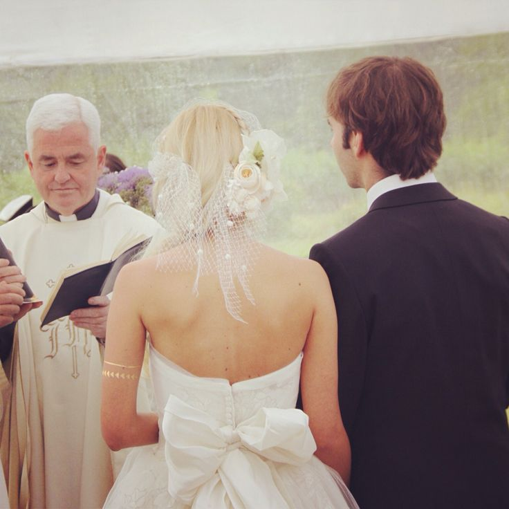En la misa! #wedding #bride #weddingdress