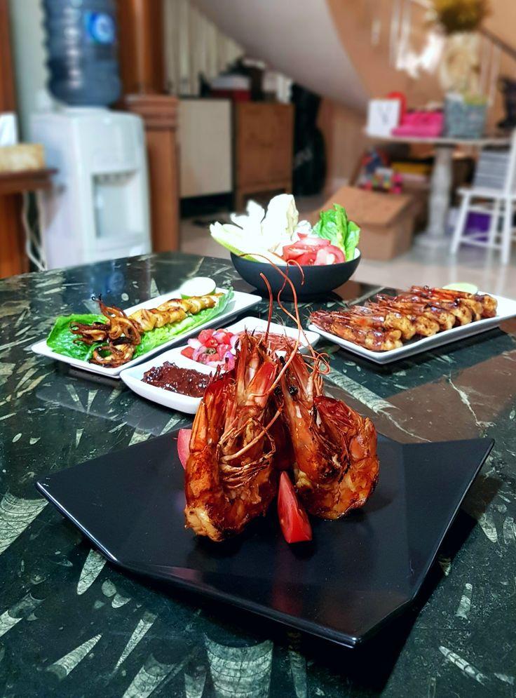 """Udang Jumbo Bakar Madu"", Tjitra's Kitchen, Jakarta"