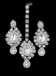 Fully Stone Work Silver Earrings And Maang Tika Set