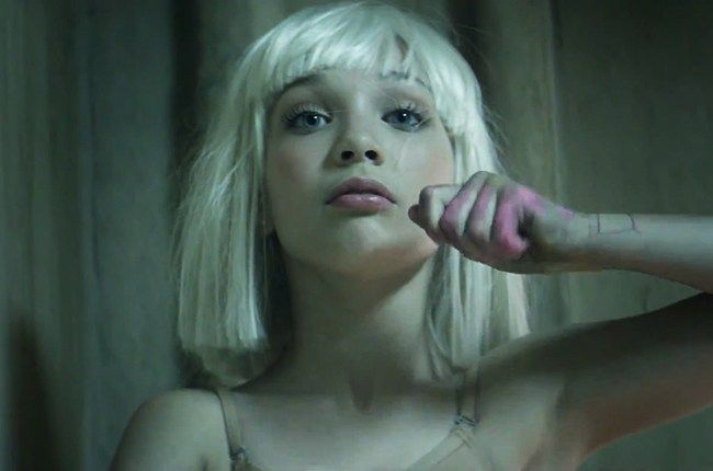 Sia+-+The+Greatest+(single+nou+si+videoclip)