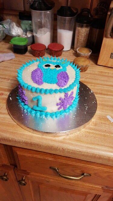 winter owl buttercream smash cake